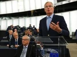 Europaparlament in Straßburg: Barnier: Ein Brexit ohne Deal löst die Probleme nicht