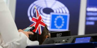 brexit-drama hört einfach nicht auf: europaparlament stützt harte linie