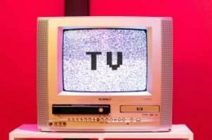 großrazzia: illegale streaming-angebote: polizei hebt pay-tv-bande aus