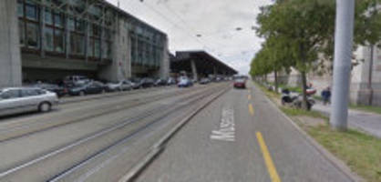 Zürich: Mann greift Polizistin mit brennender Zigarette an