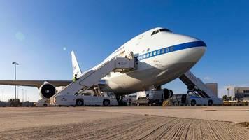 Karslruhe: Boeing kauft Flugzeugteile für Jets in Karlsruhe und Bayern ein