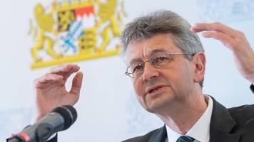 kultusminister piazolo erhöht druck auf klima-demonstranten