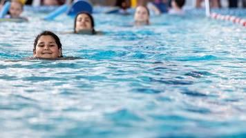 Viele Grundschulen können keinen Schwimmunterricht anbieten