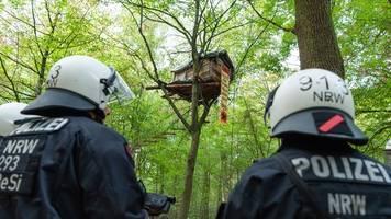 landtag debattiert erneut über räumung des hambacher forstes