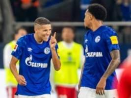 Bundesliga: Schalke überholt Bayern und Dortmund