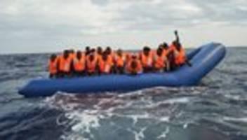 Flüchtlinge: Hilfe naht