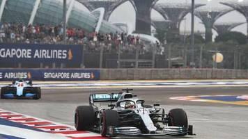 Formel 1 in Singapur: Atemlos durch die Nacht: Hamilton Trainingsbester