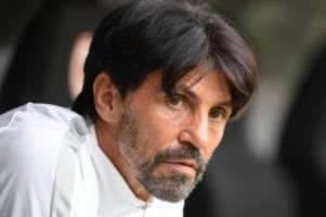 Fehlverhalten der eigenen Fans: UEFA sanktioniert Frankfurt - weitere Sperre für Hübner
