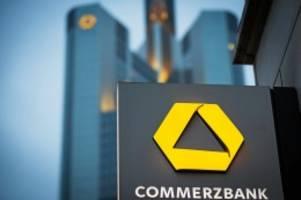 Sparrunde: Commerzbank will mehrere Tausend Stellen streichen