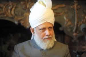 Schleswig-Holstein: Ahmadiyya-Kalif weiht neue Moschee bei Bad Segeberg ein