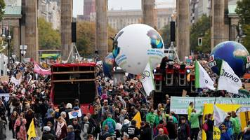 Newsblog zum Klimastreik: 270.000 Demonstranten in Berlin,  100.000 in Hamburg