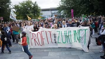 tausende teilnehmer bei klimademos in zig städten erwartet