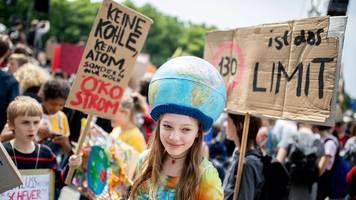 Tausende wollen im Norden für mehr Klimaschutz demonstrieren