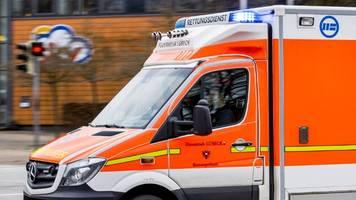 Böblingen: Unbekannter parkt Rettungswagen während Einsatz um