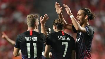 Fußball-Bundesliga - Heiße Themen: Verfolger,  Europapokal,  Kellerduell