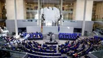 Staatsrechtler fordern Verkleinerung des Bundestages