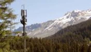 Strahlenrisiken: Schweizer demonstrieren gegen neuen Mobilfunkstandard 5G