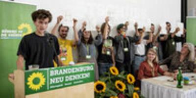 """Grünen-Parteitag in Brandenburg: """"Keenja"""" für Kenia"""