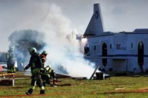 wesenberg: flugzeugabsturz: stormarner retter üben für den ernstfall