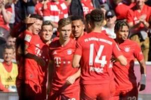 Bundesliga: FC Bayern vorerst Tabellenführer - Hertha gewinnt