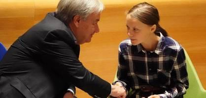 """Uns kann niemand stoppen"", ruft Greta Thunberg in New York"