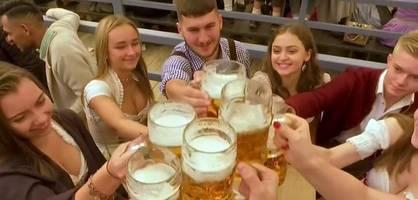 Oktoberfest in München startet mit Bierpreis auf Rekordhoch