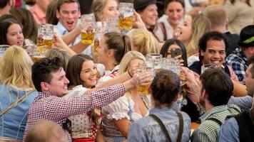Oktoberfest 2019 im Ticker: Erste Bierleiche zehn Minuten nach dem Anzapfen