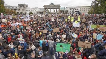 Grünkohl statt Braunkohle: Mega-Demo für mehr Klimaschutz
