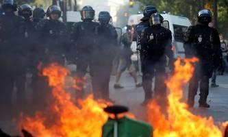 Gewaltbereite Demonstranten nutzen Pariser Klimademo für Ausschreitungen