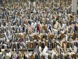 Flut an Billigwaren aus China: Onlinehändler fordern faire Postgebühren