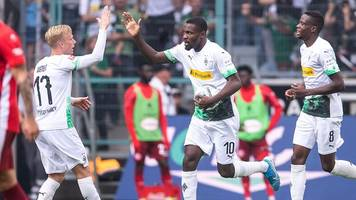Bundesliga - Dank Thuram: Gladbach kämpft sich zu Sieg gegen Düsseldorf