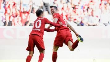 FC Bayern München: Lewandowski mit großer Geste - Hoeneß-Bedarf gedeckt