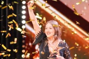 Das Supertalent 2019, Folge 2: Sarah Lombardi buzzert frühere Konkurrentin ins Finale