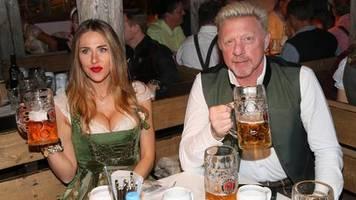 Promis auf dem Oktoberfest 2019: Boris Becker feiert auf der Wiesn - und seine Ex-Frauen sind auch dabei