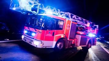 Feuer in Haus: Bewohner bringen sich in Sicherheit