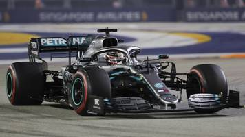 Formel 1 in Singapur - Schumacher-Rekord egalisiert: Hamilton führt 142. Rennen an