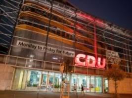 CDU-Zentrale: Wenn sich was zusammenbraut