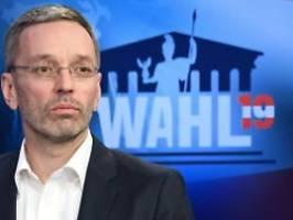 strache vorerst suspendiert: ex-innenminister wird fpÖ-fraktionschef