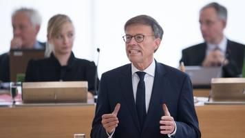 Landtagspräsident ruft Bevölkerung zu Zusammenhalt auf