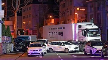 limburg: sek durchsucht wohnräume nach lastwagen-vorfall