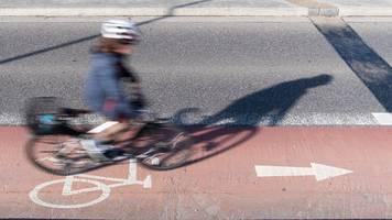 radfahrer in bayern wünschen sich mehr fahrwege