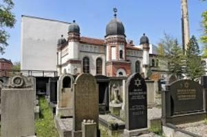 Flucht: Halle: Schüsse vor Synagoge – Polizei warnt vor den Tätern