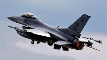 jet-absturz: us-militär beginnt mit bergung von wrackteilen