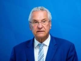 Anschlag in Halle: Bayerns Innenminister gibt AfD Mitschuld am rechten Terror