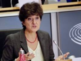 eu-kommission: aus rache an macron