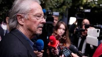 Peter Handke: Die Akademie pfeift auf Political Correctness - darf so einer den Literaturnobelpreis bekommen?