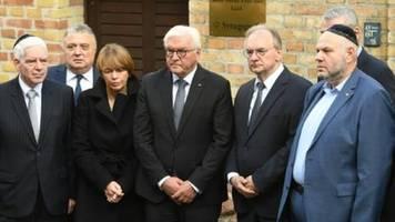 Politiker halten Einzeltäterthese nach antisemitischem Anschlag in Halle für falsch