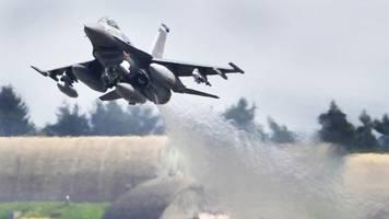 us-militär setzt untersuchung an der absturzstelle fort