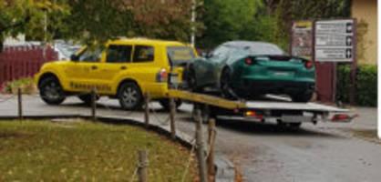 Auf Rennstrecke: FDP-Wasserfallen baut Crash mit seinem Lotus