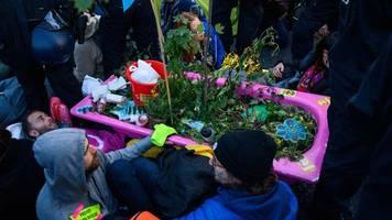 XR und Fridays for Future: Weitere Klimaproteste in Berlin